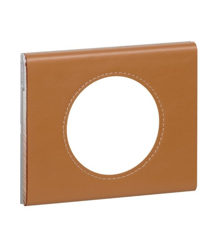 plaque legrand c liane finition cuir caramel 1 poste. Black Bedroom Furniture Sets. Home Design Ideas