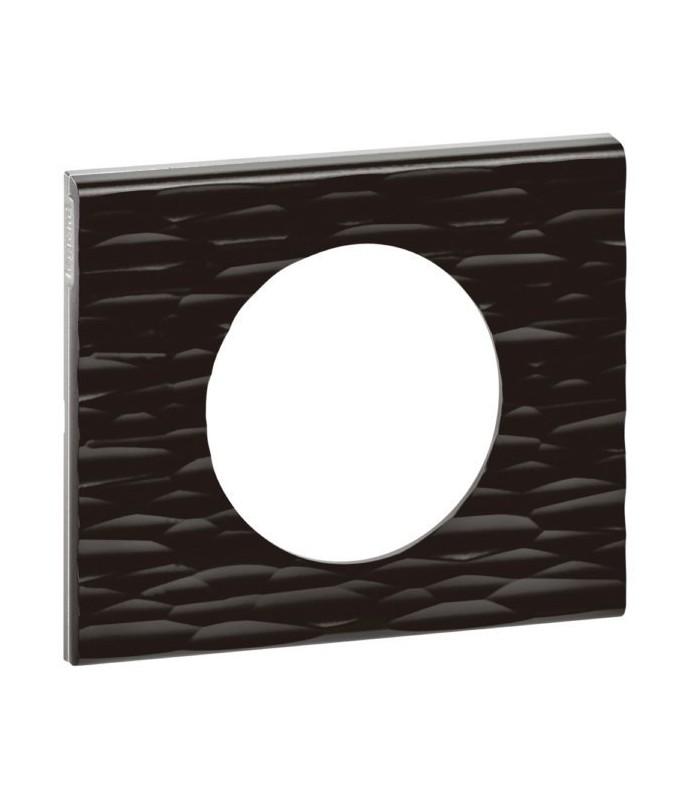 plaque legrand c liane finition corian goug 1 poste. Black Bedroom Furniture Sets. Home Design Ideas
