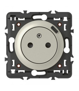 Prise de courant - Chargeur USB type C - Titane