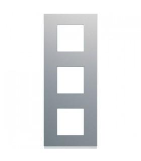 Plaque 3 postes verticaux Titane Hager Gallery